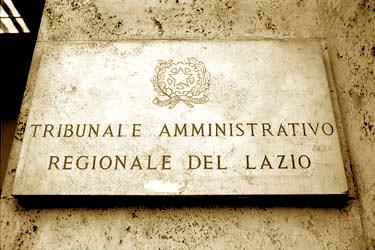 Tar Lazio: Maresciallo dei carabinieri indagato e immediatamente destituito per Associazione per delinquere finalizzata alla spaccio di sostanze stupefacienti. Il Tar Lazio dopo 5 anni annulla la sua destituzione